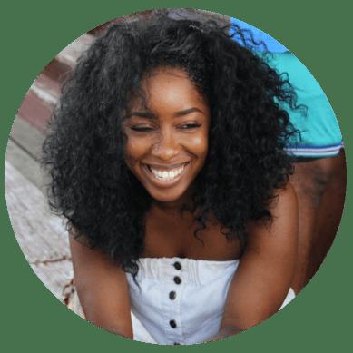 Website-circle-woman-smiling
